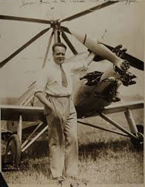 Juan de la Cierva with his autogyro