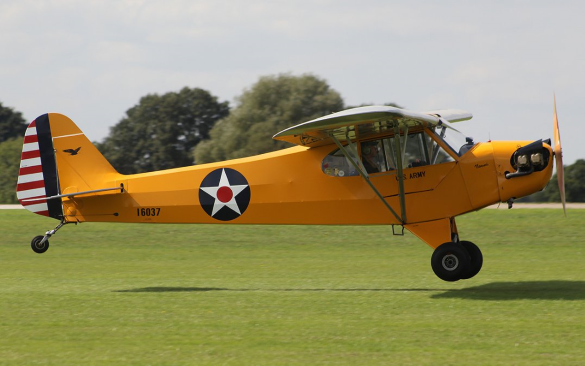 the piper cub uses tail wheel configuration
